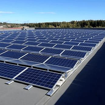 Solcellepanel for lager, logistikkeiendommer og flate tak